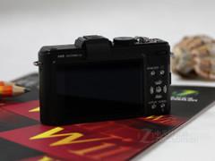 24mm广角、F2.0光圈 松下LX5降至3360元