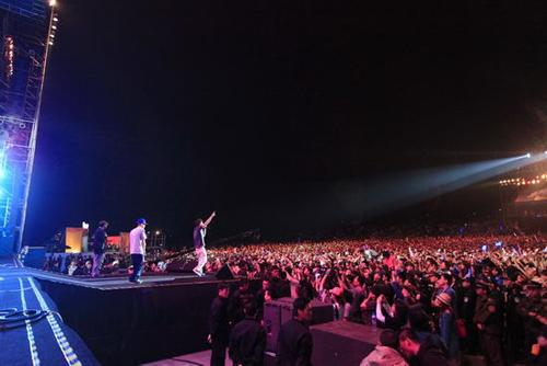 户外音乐节_户外音乐节热中冷思考 享受音乐不是来逛庙会(组图)-搜狐滚动