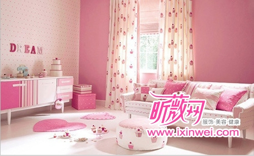 主题墙手绘粉色