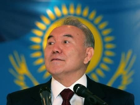 哈萨克斯坦总统纳扎尔巴耶夫排名55-全球 性感 领导人大盘点图片