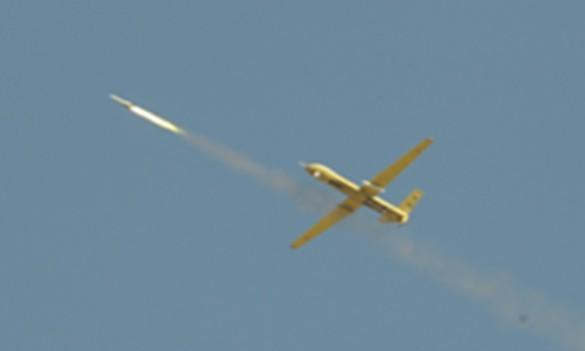 图5发射空地导弹