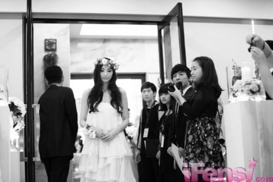 黑人范范结婚伴郎_曝黑人范玮琪婚礼全程照片看过的人都想婚了(组图)-搜狐滚动