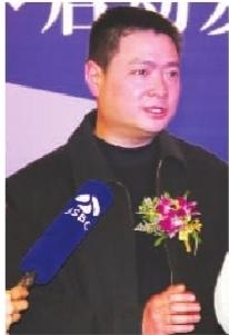 北京大学企业商学院教授、企业战略专家赖伟民对尼彩手机工厂店经营模式给予充分肯定