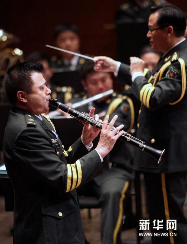 歌唱祖国单簧管谱子