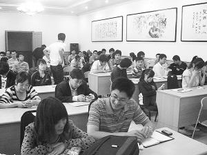 大学生进企业附送事业编 宁津招人新机制引争