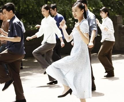 徐翠翠为《雪花》增色 舞蹈镜头成亮丽记忆点