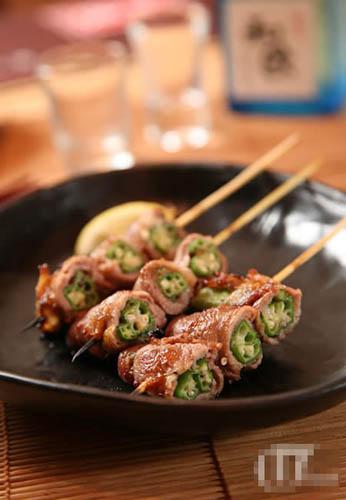 美味的串烧就是日本人最佳的佐酒小吃。