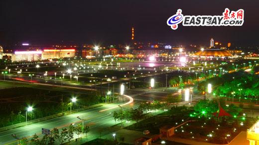 图片说明:世纪广场夜景