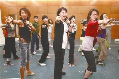 《妈妈咪呀!》中文版 女主角首次亮相!