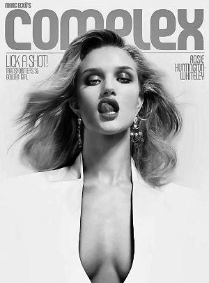 """在最新一期《Complex》杂志上,罗茜画着烈焰红唇,露出迷人""""事业线"""",性感美艳十足"""