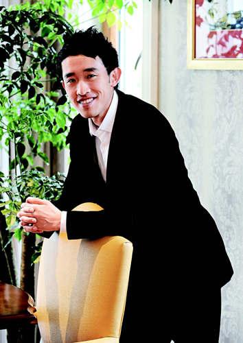 """陈序是星际控股集团旗下投资公司与战略投资部的负责人,主导了对上海时尚品牌基地""""名仕街""""的投资。"""