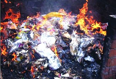 曝光企业生产的鸭制品已销毁。王亚楠 资料图