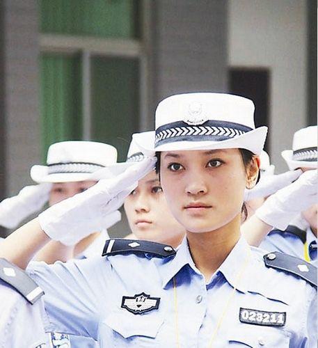 香港女警察-各国美貌女警花英姿飒爽 日本警花性感