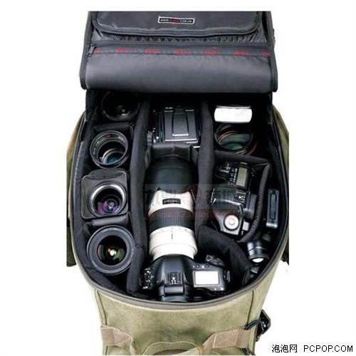 专业摄影包可以更好的保护相机器材