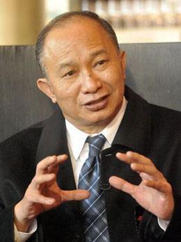 冯小刚吴宇森把脉青年导演 呼吁投资人赔钱寻金