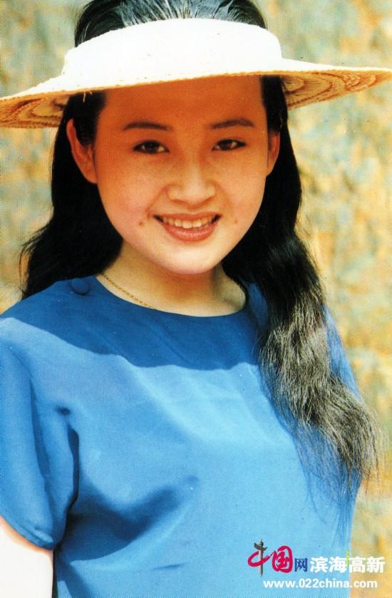 巩俐 刘晓庆等明星20年前珍贵老照片
