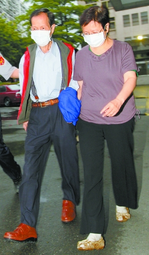 5月28日,宾汉香料化学有限公司实际负责人陈哲雄夫妇被移送板桥地检署羁押。