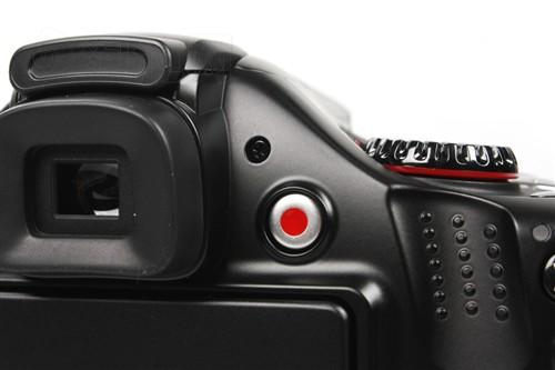 相机都配备了摄像快捷键