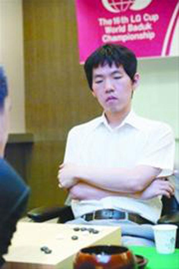 李昌镐 中国/LG杯世界围棋棋王战 韩国石佛李昌镐露出冠军相