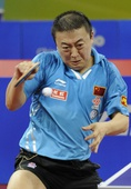 图文:中国公开赛马琳4-2马龙夺冠 拼尽全力