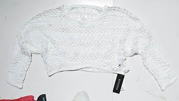 白色雪纺top $1,099