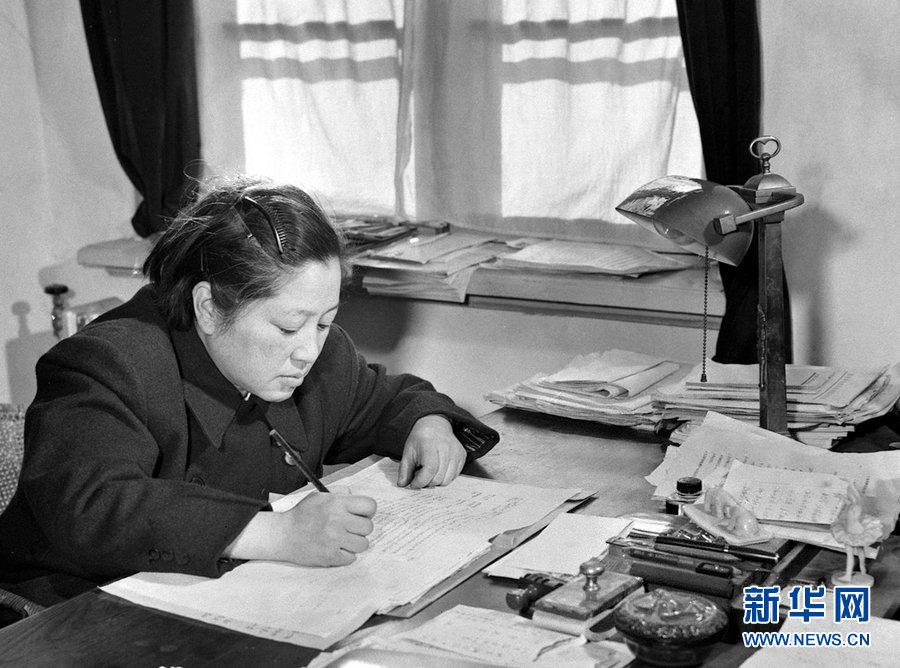 关于钱学森的故事_传奇人物·中国的居里夫人(组图)-搜狐滚动