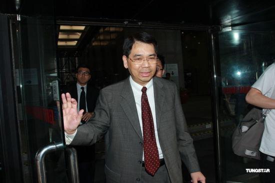陈永孙离开法庭