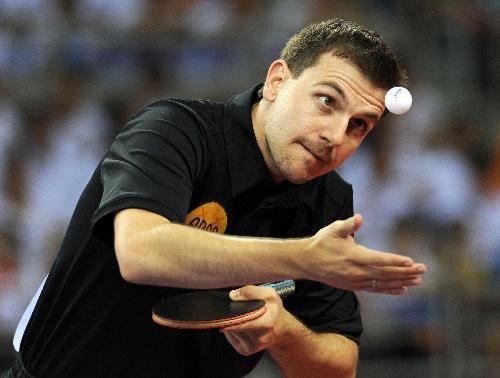 体育:乒乓球直横大赛波尔在比赛中发球-搜狐图文如何折飞得远滑翔机图片