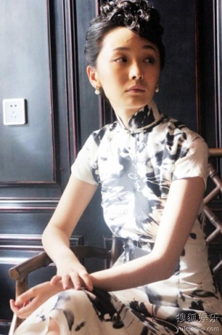 李曼《汉阳造》旗袍造型成熟典雅优雅女人味