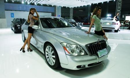 1298万元的迈巴赫汽车亮相博览会. 本组图片由记者   摄 -花4.65万