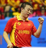 图文:浙商银行3-0山东 马琳握拳庆祝