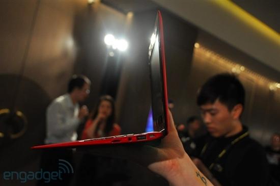 华硕首款MeeGo上网本下月发售