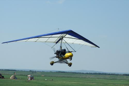坝上草原娱乐滑翔机
