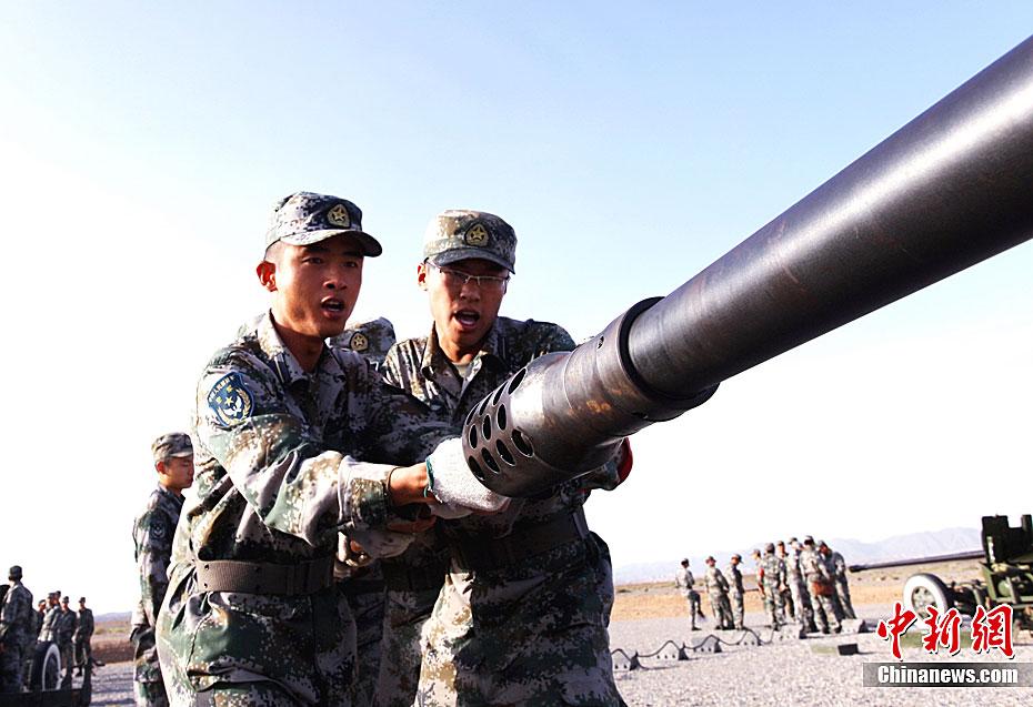 """桂林空军学院""""砺兵-2011""""教学研究性实弹演练(组图)图片"""