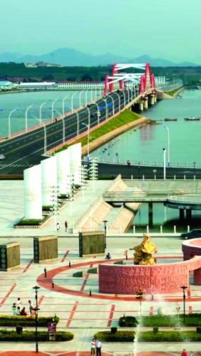 """随着前些年养马岛跨海大桥的建成,""""十里长堤""""也完成了自己的使命"""
