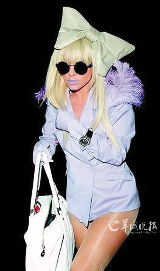 Lady Gaga也陷诈捐门(图)-搜狐滚动
