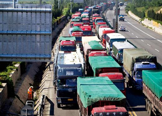 2010年9月,京藏高速大拥堵。图-CFP