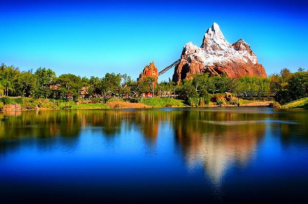 世界_世界上最美的那些湖(组图)