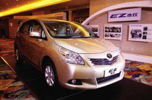 从今年前半段车市的销售数据来看,SUV和MPV的增长依然占据了中国车市整体增幅的半壁江山,这种消费趋势凸现了准车主对大空间、多用途、高舒适性车型的热切渴望。