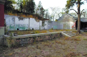 拆迁后清理出的建筑基址