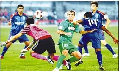 7月6日晚,在2011年中超联赛第15轮比赛中,北京国安队主场以3比0战胜上海申花队。