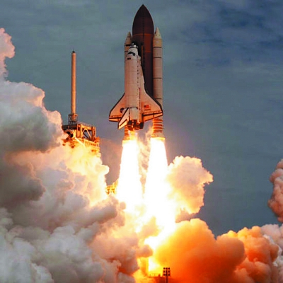 美国航天飞机30年来创造了众多历史纪录,航天飞机发射已成为美国乃至
