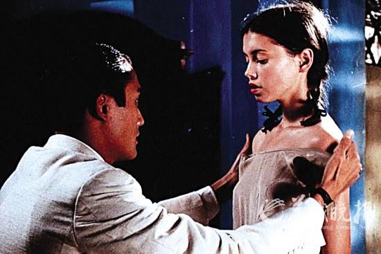 拍《情人》时,珍·玛琪只有十七岁