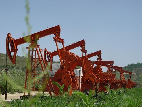 文明油井图片