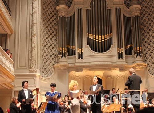 旅法华人艺术家共同唱响巴黎