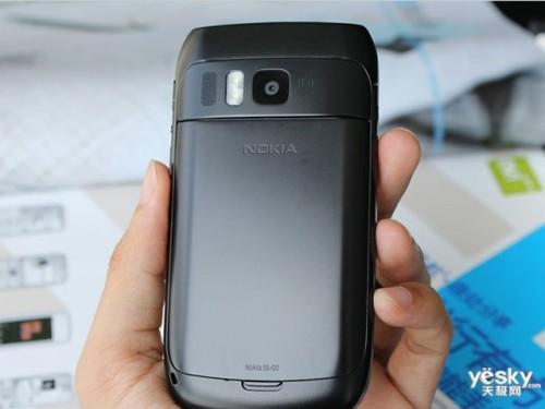 图为:诺基亚 E6 手机