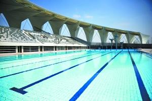 上海东方体育中心室外跳水池。新华社记者 钮一新 摄