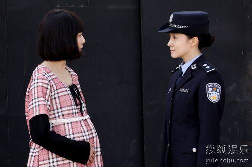 尹媗《天下无贼》演女警花 刑侦队体验刑警生活