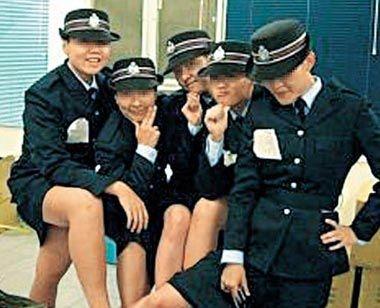 香港女警身着警服拍不雅照片遭调查