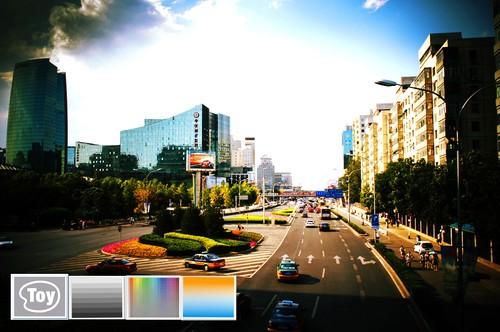 使用玩具相机效果叠加亮度功能、生动功能、色彩功能拍摄的作品样片